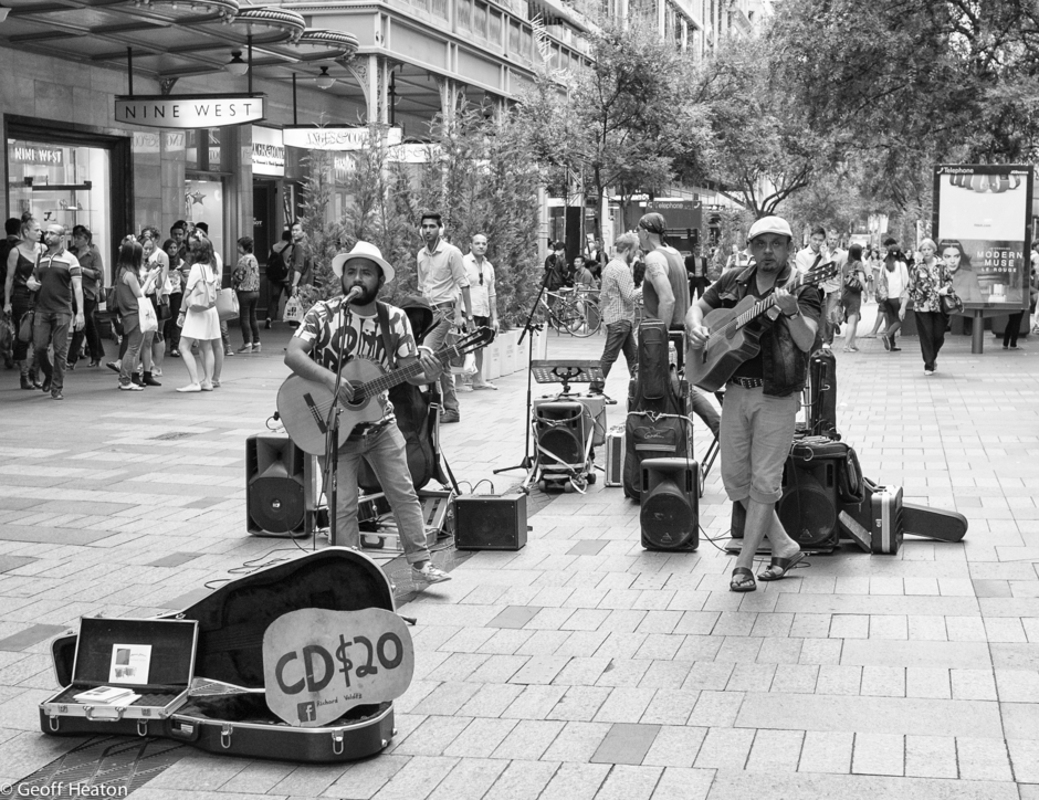 Buskers | LEICA ELMARIT 24MM F2.8 ASPH <br> Click image for more details, Click <b>X</b> on top right of image to close