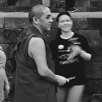 Popular Monk | DC VARIO-SUMMICRON 1:2.0-3.3/5.1-19.2 ASPH <br> Click image for more details, Click <b>X</b> on top right of image to close