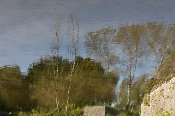 Reflection of landscape | LENS MODEL NOT SET <br> Click image for more details, Click <b>X</b> on top right of image to close