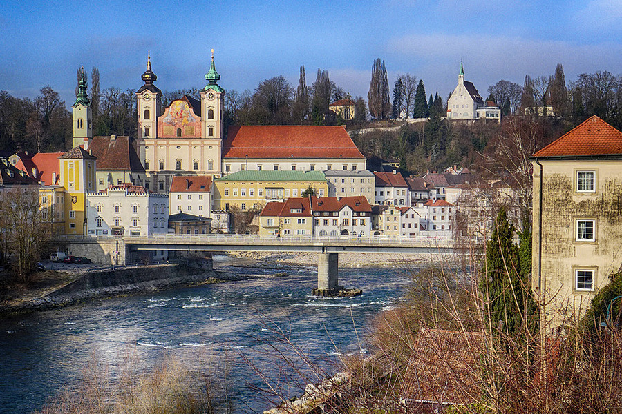 Town of Steyr with river Steyr 1 | LENS MODEL NOT SET <br> Click image for more details, Click <b>X</b> on top right of image to close