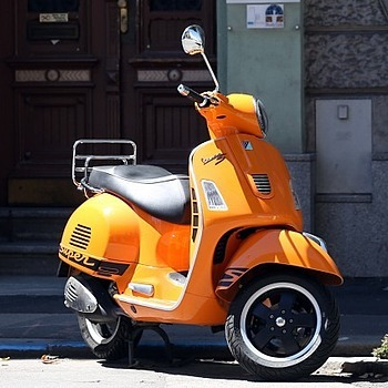 Vespa | LENS MODEL NOT SET <br> Click image for more details, Click <b>X</b> on top right of image to close