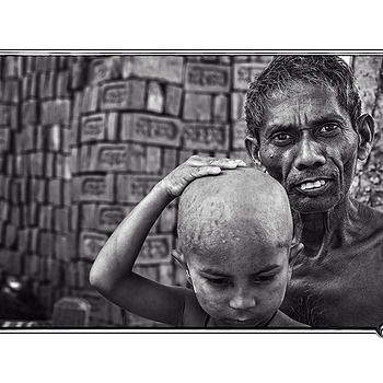 Hindu Haircut | LEICA SUMMICRON 50MM F2 <br> Click image for more details, Click <b>X</b> on top right of image to close