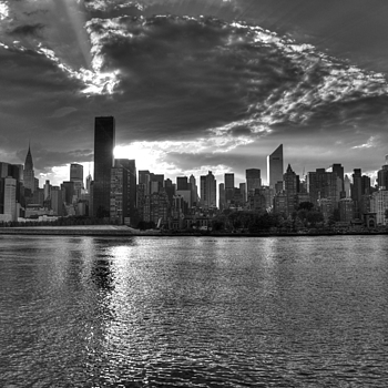 New York Sunset Lights | LEICA  ELMAR 35MM F3.5 COLLAPSIBLE <br> Click image for more details, Click <b>X</b> on top right of image to close