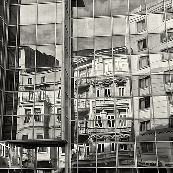 Reflections, Beyoglu, Istanbul | ZEISS ZM BIOGON T* F2.8 28MM <br> Click image for more details, Click <b>X</b> on top right of image to close