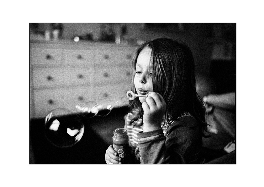 Bubbles | LEICA SUMMICRON 35MM F2 ASPH <br> Click image for more details, Click <b>X</b> on top right of image to close