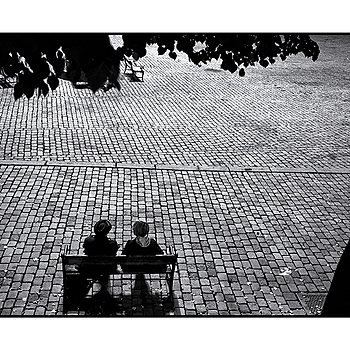 """The benchmeeting"" 