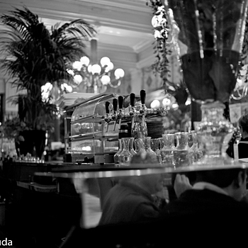Cafe | SUMMILUX-M 1:1.4/50 ASPH <br> Click image for more details, Click <b>X</b> on top right of image to close