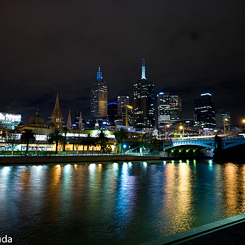 Melbourne | LEICA TRI-ELMAR 16-18-21MM F4 ASPH <br> Click image for more details, Click <b>X</b> on top right of image to close