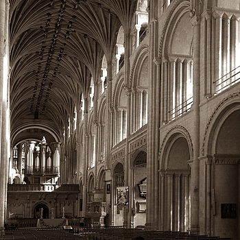 Norwich Cathedral | LENS MODEL NOT SET