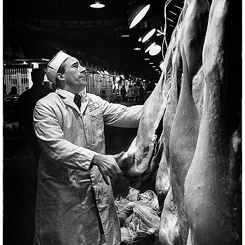 Sizing up a side of beef at Smithfield Market