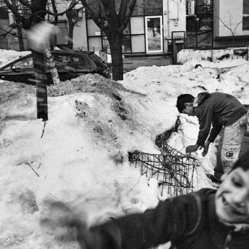 snow fight 2 | LEICA ELMARIT 28MM F2.8 ASPH <br> Click image for more details, Click <b>X</b> on top right of image to close