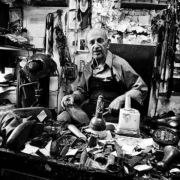 shoemaker | DC VARIO-SUMMICRON 5.1-12.8MM F/2-2.8 ASPH <br> Click image for more details, Click <b>X</b> on top right of image to close
