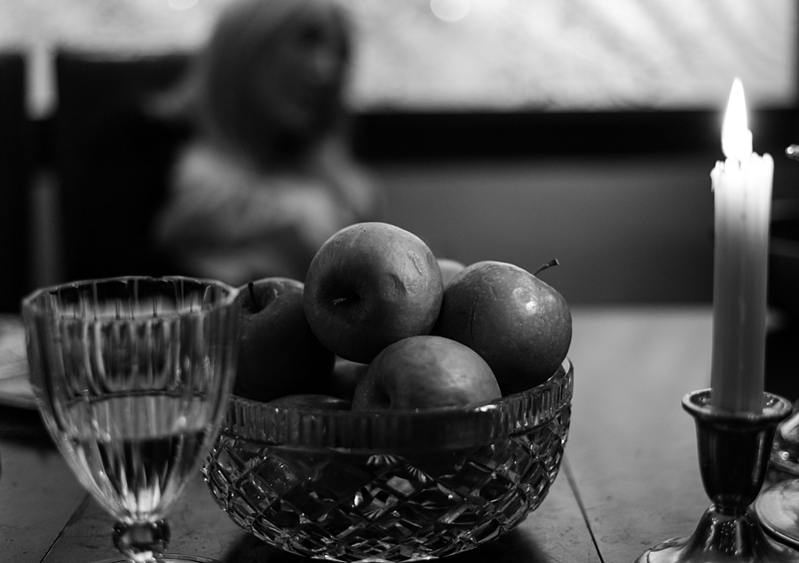 Apples Gone Bad | ZEISS ZM PLANAR T* F2.0 50MM <br> Click image for more details, Click <b>X</b> on top right of image to close