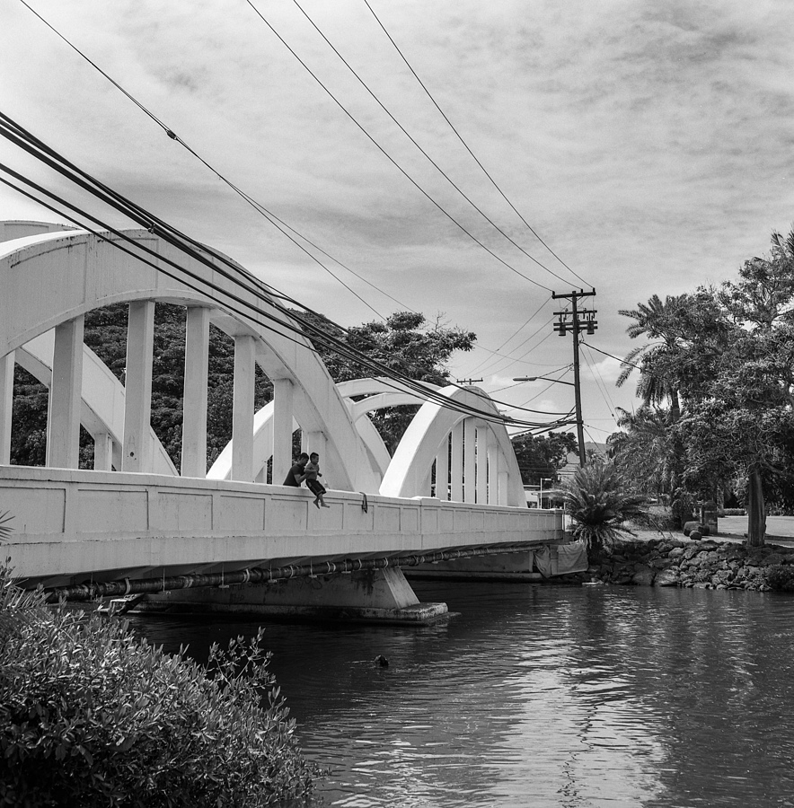 Anahulu Bridge 5 | LENS MODEL NOT SET <br> Click image for more details, Click <b>X</b> on top right of image to close