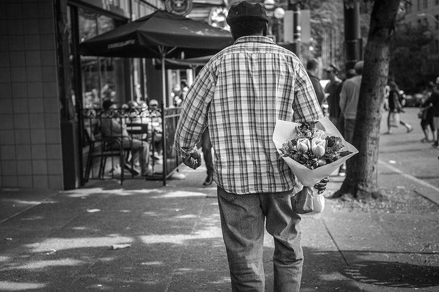 Saturday Bouquet, Pike Place Market, Seattle WA | LEICA SUMMILUX 50MM F/1.4 PRE ASPH (E46) <br> Click image for more details, Click <b>X</b> on top right of image to close