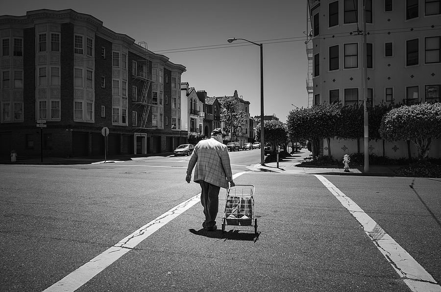 Grocery Run, San Francisco CA  | LENS MODEL NOT SET <br> Click image for more details, Click <b>X</b> on top right of image to close