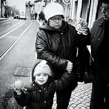 Street Photography Graca | LENS MODEL NOT SET <br> Click image for more details, Click <b>X</b> on top right of image to close