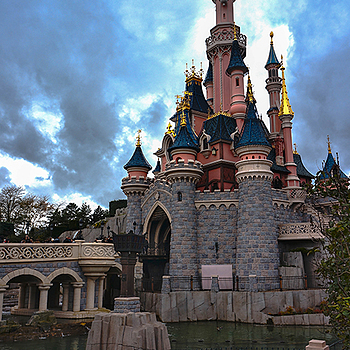 Disneyland Castle | LENS MODEL NOT SET <br> Click image for more details, Click <b>X</b> on top right of image to close