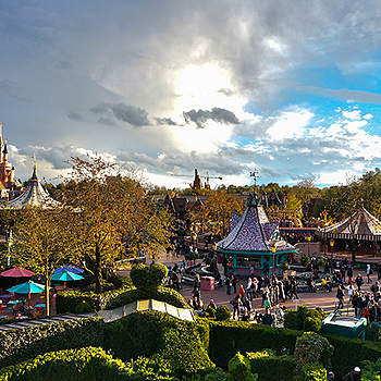 Disneyland | LENS MODEL NOT SET <br> Click image for more details, Click <b>X</b> on top right of image to close