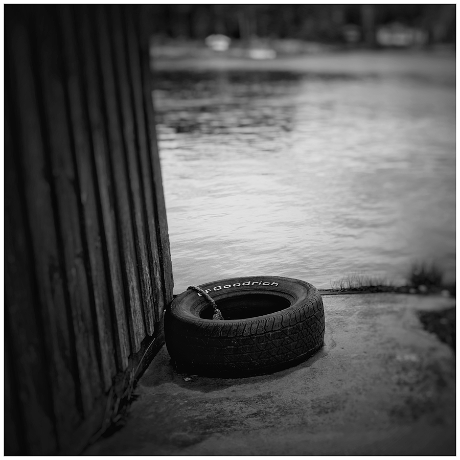 Tyre | LEICA ELMARIT 28MM F2.8 <br> Click image for more details, Click <b>X</b> on top right of image to close
