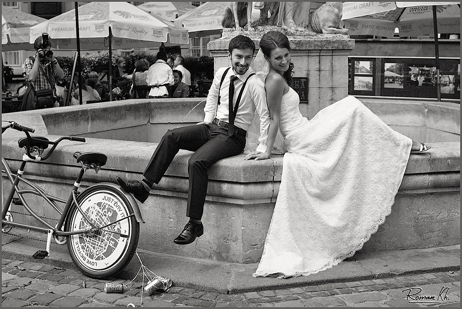 just married, just lviv it... | LEICA 50MM F/2.0 SUMMICRON 1ST VERSION 1964 <br> Click image for more details, Click <b>X</b> on top right of image to close
