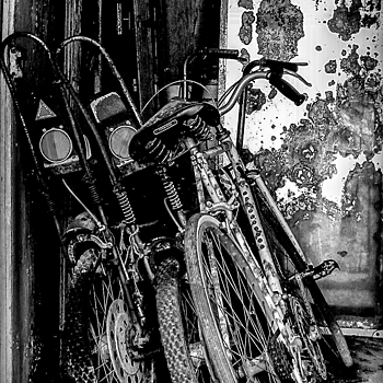 Tired old bikes | LENS MODEL NOT SET <br> Click image for more details, Click <b>X</b> on top right of image to close