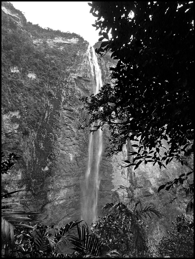 Gotca Waterfall 2 | DC VARIO-ELMARIT 1:2.8/4.5-108 ASPH <br> Click image for more details, Click <b>X</b> on top right of image to close