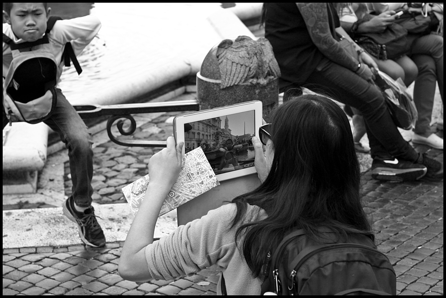 At plaza Navona | CANON LTM 50MM F1.8 <br> Click image for more details, Click <b>X</b> on top right of image to close