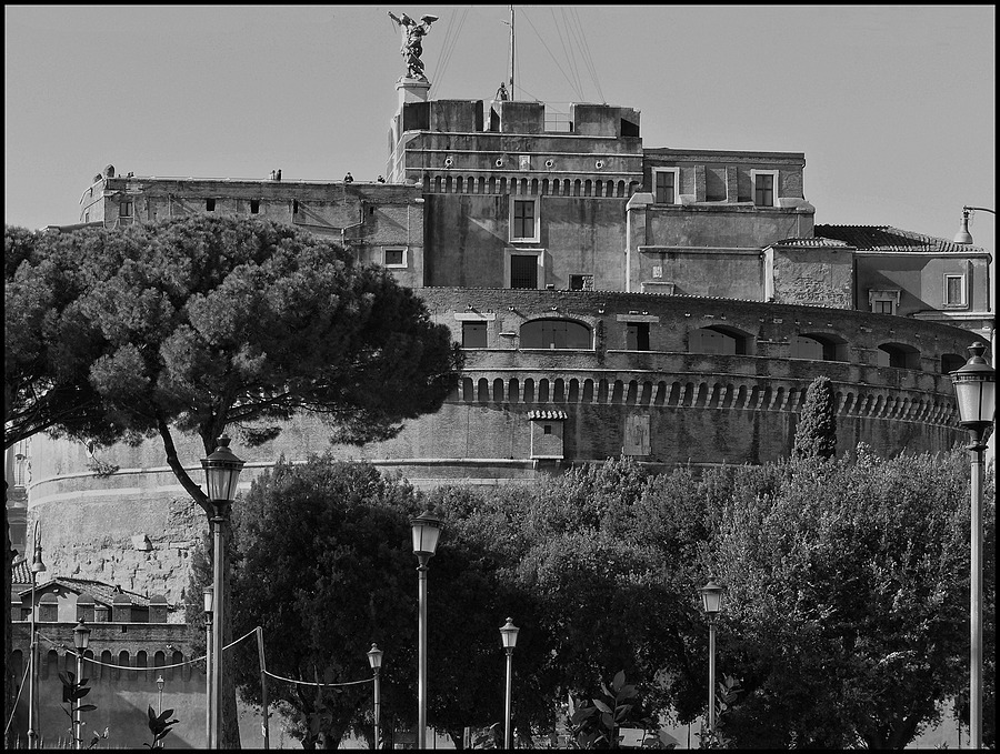 Sant'Angelo Castle | DC VARIO-ELMARIT 1:2.8/4.5-108 ASPH <br> Click image for more details, Click <b>X</b> on top right of image to close