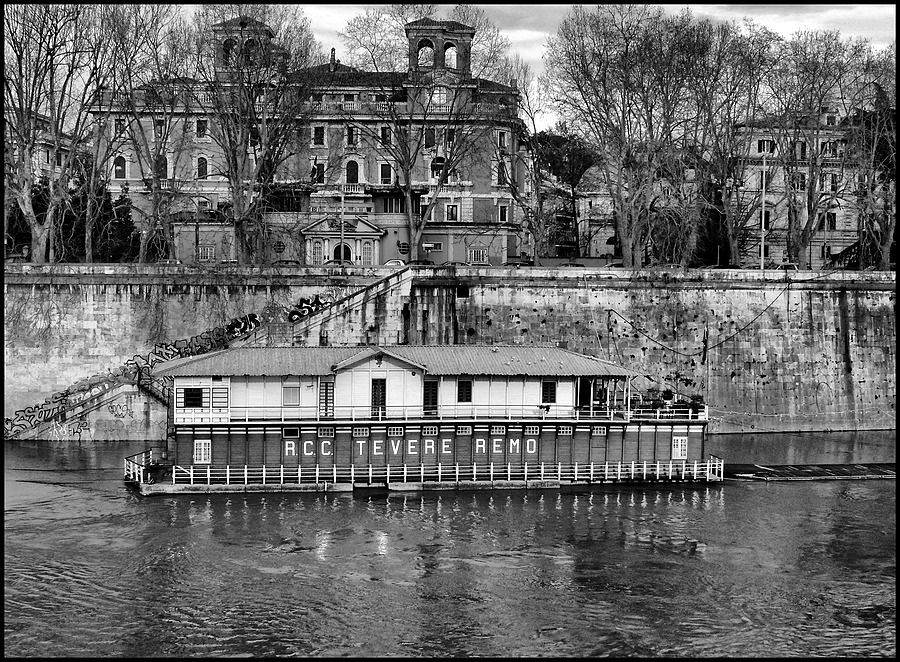 The oldest rowing club Roman: the Tevere Remo | DC VARIO-ELMARIT 1:2.8/4.5-108 ASPH <br> Click image for more details, Click <b>X</b> on top right of image to close