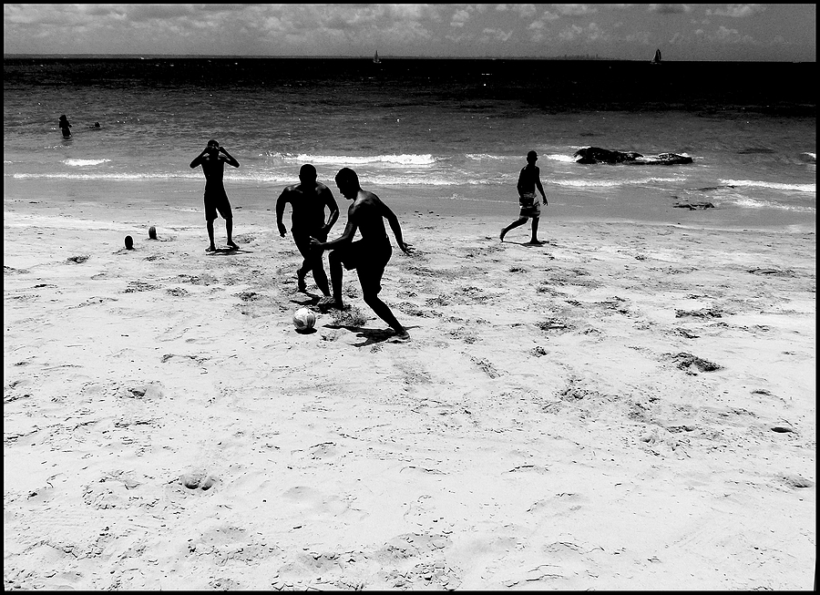 Ilha dos Frades: football on the beach 1 | DC VARIO-ELMARIT 1:2.8/4.5-108 ASPH <br> Click image for more details, Click <b>X</b> on top right of image to close
