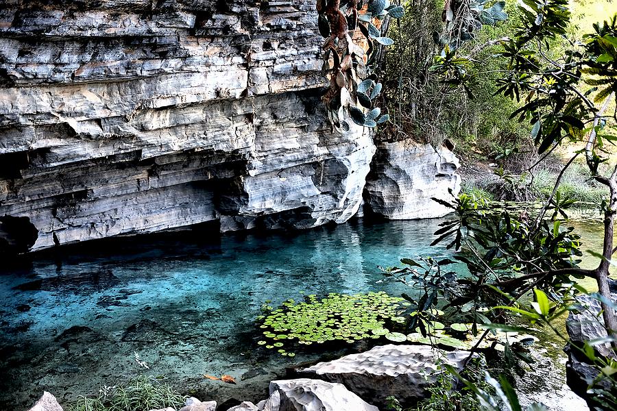 Chapada Diamantina: gruta Azul | LENS MODEL NOT SET <br> Click image for more details, Click <b>X</b> on top right of image to close