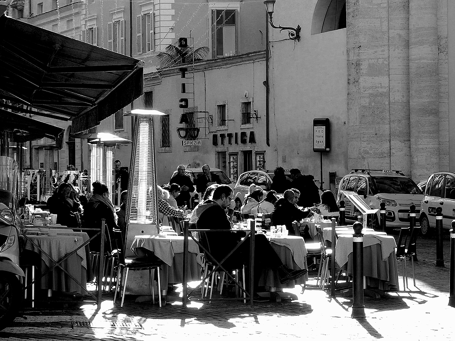 Piazza Del Popolo:At the Canova bar kissed by the sun of Rome | DC VARIO-ELMARIT 1:2.8/4.5-108 ASPH <br> Click image for more details, Click <b>X</b> on top right of image to close