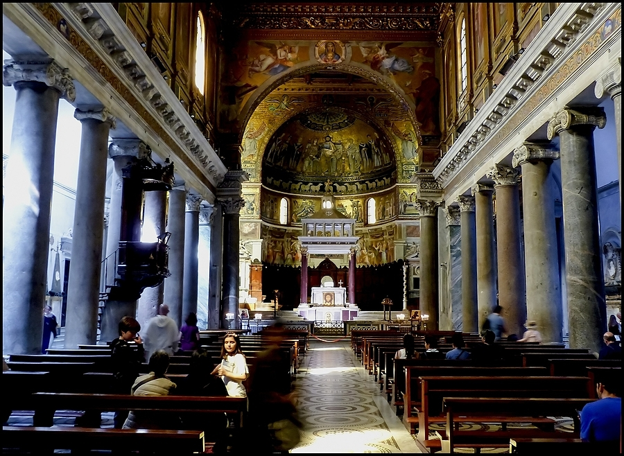 S.Maria un Trastevere: interiors | DC VARIO-ELMARIT 1:2.8/4.5-108 ASPH <br> Click image for more details, Click <b>X</b> on top right of image to close