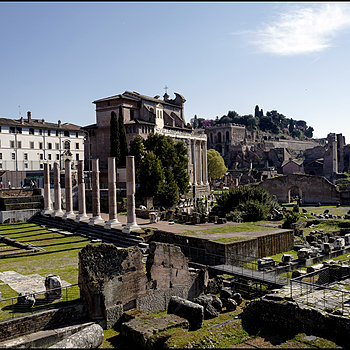Roma:Fori imperiali | 28.0 MM F/1.7 <br> Click image for more details, Click <b>X</b> on top right of image to close