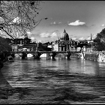 The flood of Tiber | DC VARIO-ELMARIT 1:2.8/4.5-108 ASPH