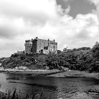 The Campbel's castle on the Skye Island | DC VARIO-ELMARIT 1:2.8/4.5-108 ASPH <br> Click image for more details, Click <b>X</b> on top right of image to close