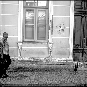 In the streets of Salvador da Bahia: in the street you sell everything, in the case of old vinyl LPs | LENS MODEL NOT SET <br> Click image for more details, Click <b>X</b> on top right of image to close