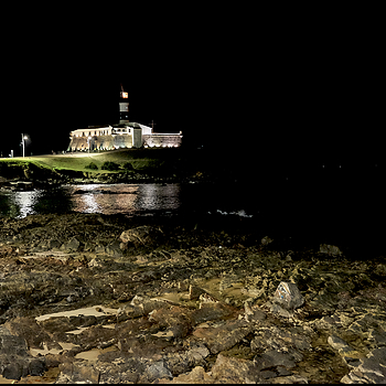 Salvador da Bahia: night view of Barra bay with fortress   Santa Maria. | DC VARIO-ELMARIT 1:2.8/4.5-108 ASPH <br> Click image for more details, Click <b>X</b> on top right of image to close