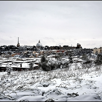 Rome under the snow | LENS MODEL NOT SET <br> Click image for more details, Click <b>X</b> on top right of image to close
