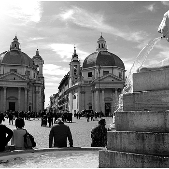 The twin churches of Piazza del Popolo | LENS MODEL NOT SET