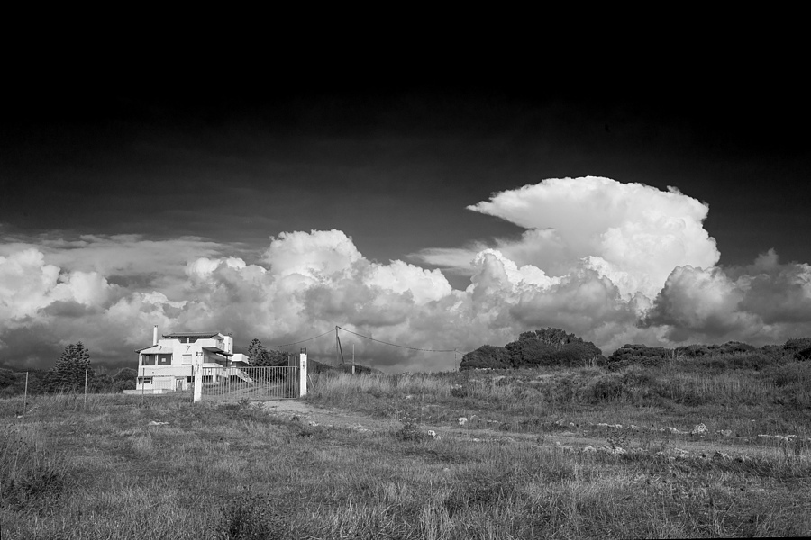 Thunderhead Greece | LEICA 28MM SUMMILUX F1.7 AF <br> Click image for more details, Click <b>X</b> on top right of image to close