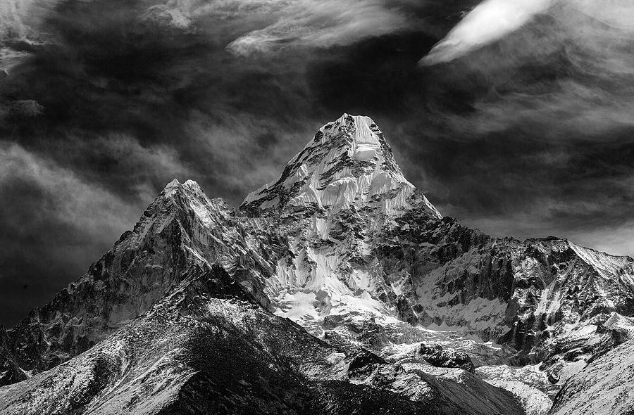 Amadablam Nepal | LEICA SUMMICRON 35MM F2 ASPH <br> Click image for more details, Click <b>X</b> on top right of image to close