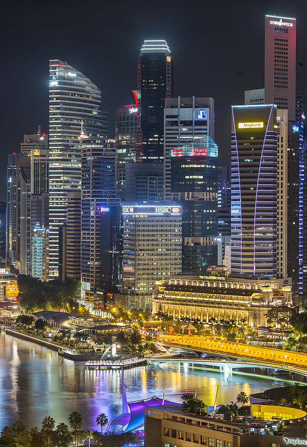 Singapore at night | LEICA APO-SUMMICRON 90MM F2 ASPH <br> Click image for more details, Click <b>X</b> on top right of image to close