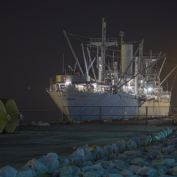 Liberty ship | LEICA 70–210MM F/4.0 VARIO ELMAR <br> Click image for more details, Click <b>X</b> on top right of image to close