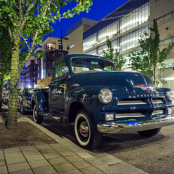 Vintage truck Portland | ZEISS ZM BIOGON T* F2.8 21MM <br> Click image for more details, Click <b>X</b> on top right of image to close