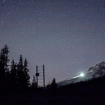 Mt. Hood at night | LEICA SUMMICRON 35MM F2 ASPH <br> Click image for more details, Click <b>X</b> on top right of image to close