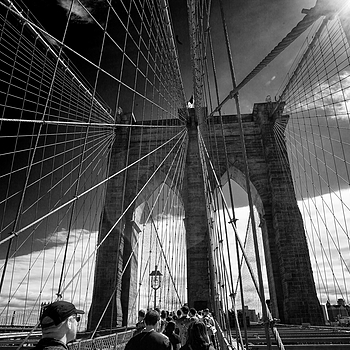 Brooklyn Bridge | ZEISS ZM BIOGON T* F2.8 21MM <br> Click image for more details, Click <b>X</b> on top right of image to close