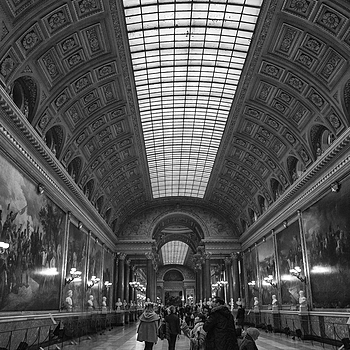 Louvre galleries | LEICA 28MM SUMMILUX F1.7 AF <br> Click image for more details, Click <b>X</b> on top right of image to close