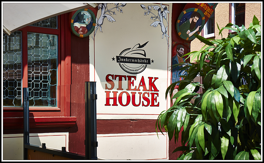DSC0221  Steak House | LENS MODEL NOT SET <br> Click image for more details, Click <b>X</b> on top right of image to close